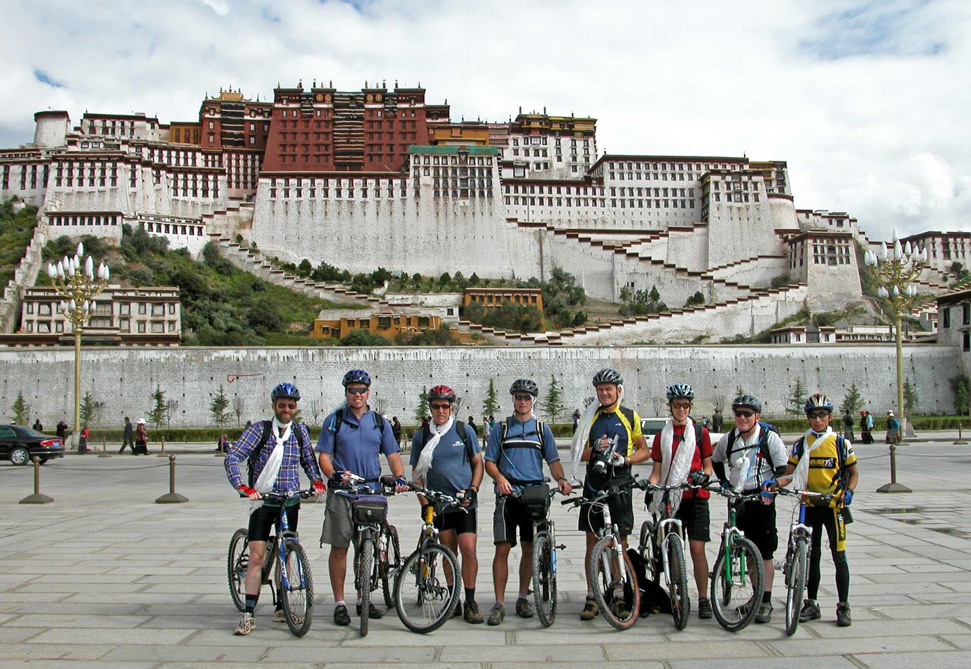 Cycling from Lhasa to Kathmandu