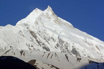 Mt. Manaslu. Photo: Igor Kulishov