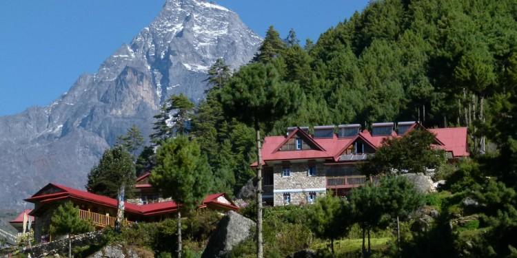 everest-summit-lodge-1