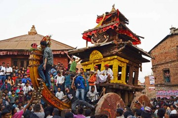Bisket Jatra - Bhaktapur