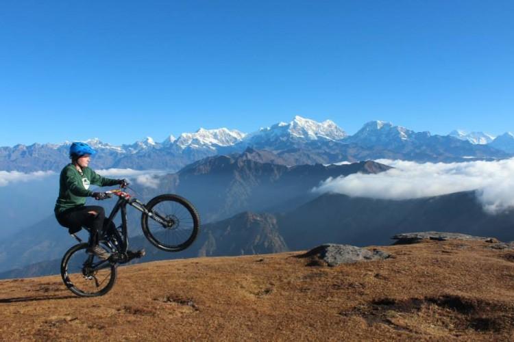 Cycling Kathmandu to Pikey Peak