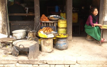How to Avoid Food Poisoning in Nepal