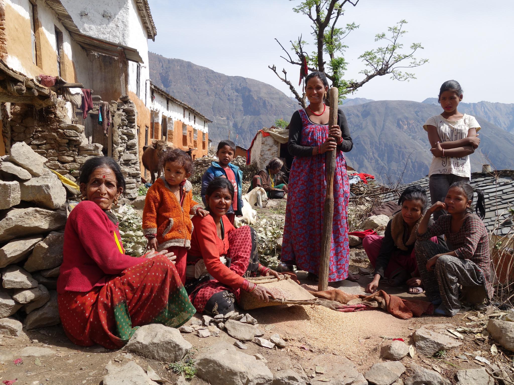 Nepals Wilden Westen erkunden