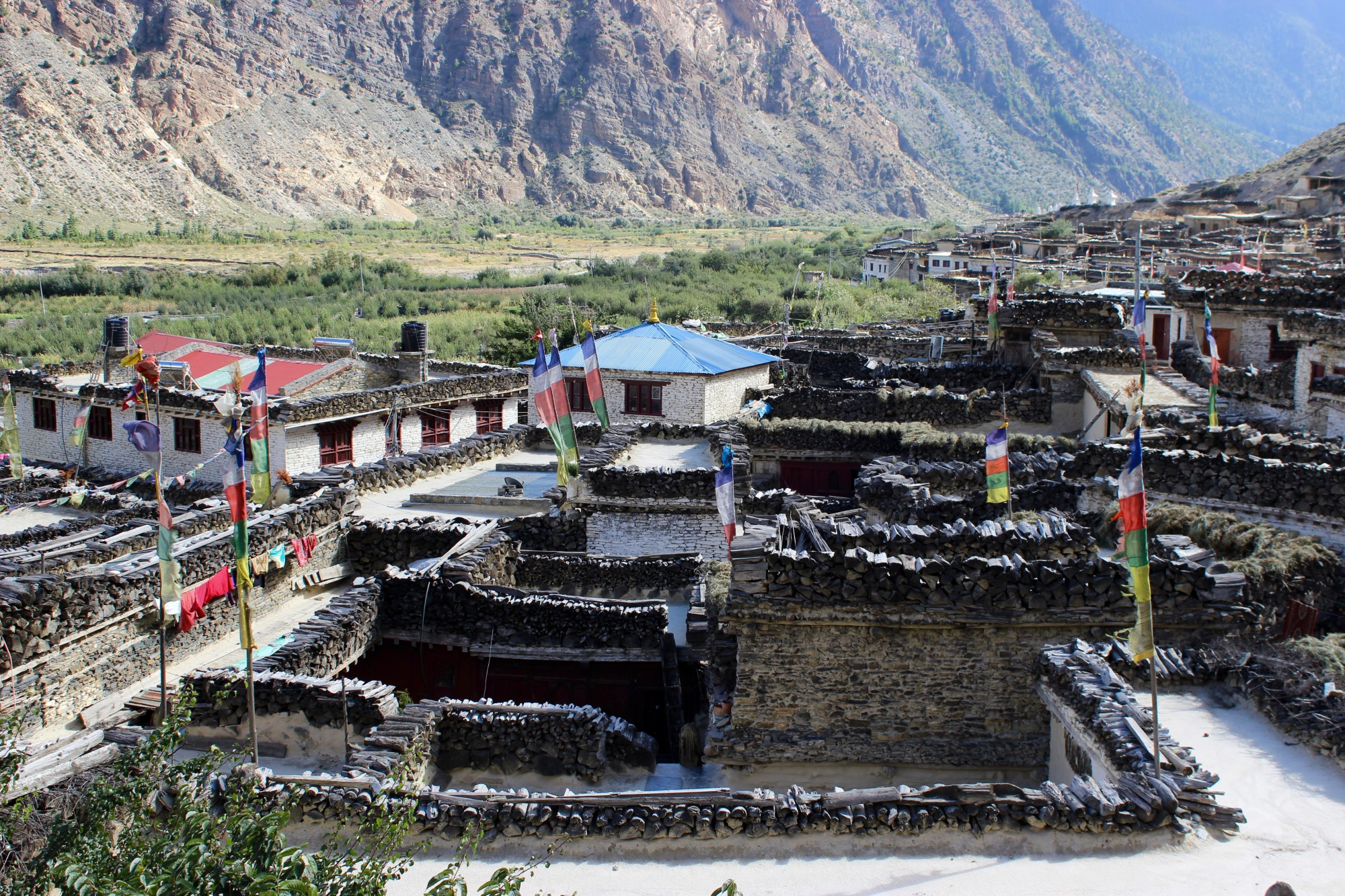 The Beauty of Marpha, Lower Mustang