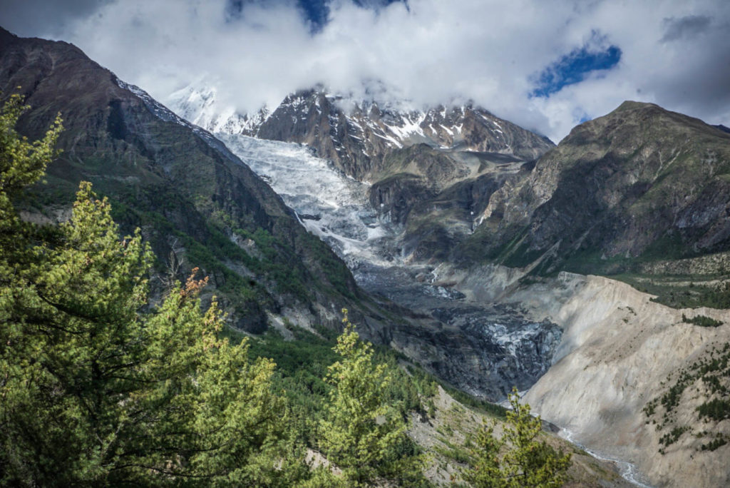 Annapurna Circuit or the Manaslu Circuit: Which Should You Choose?