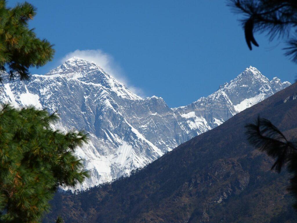 Himalayan Trekking Regions at a Glance